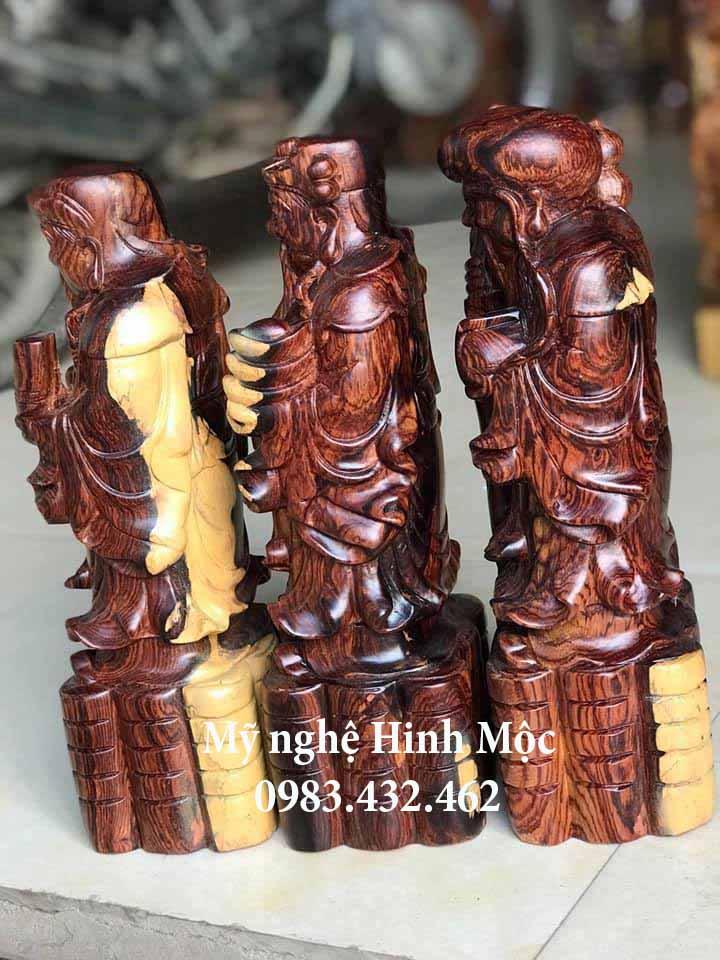 Tượng gỗ Tam Đa
