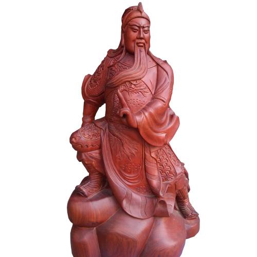 Tượng Quan Công gỗ hương ngồi trấn ải