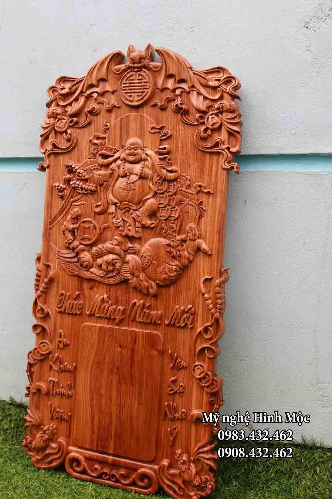 Khung lịch treo tường gỗ hương đá đẹp