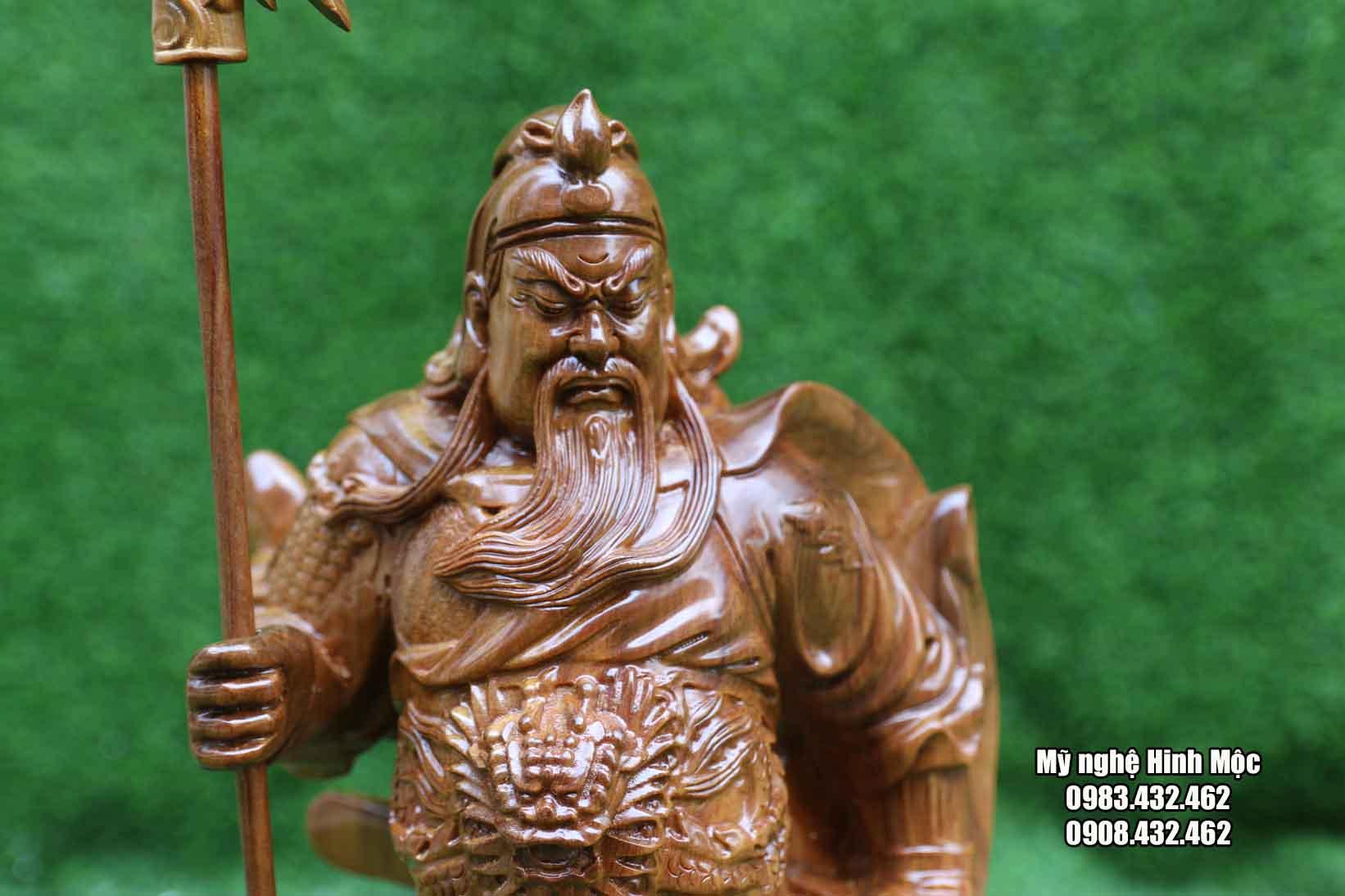Quan Công cao 50cm gỗ bách xanh