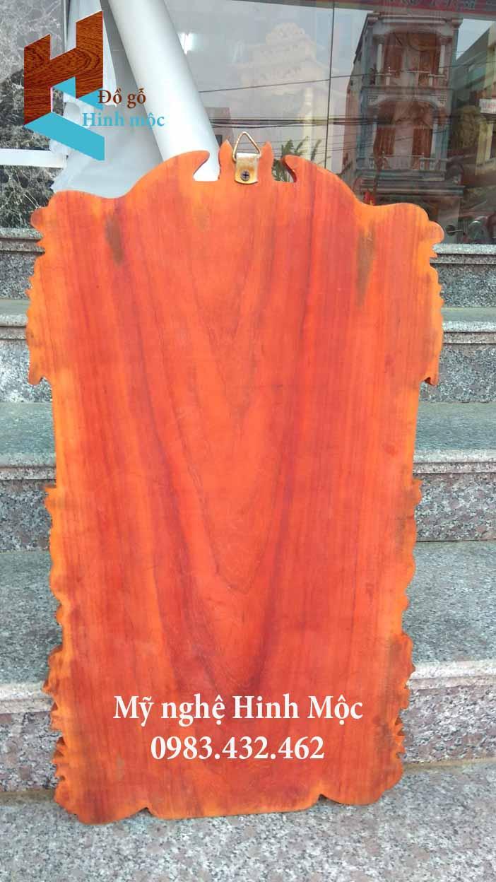 Đốc lịch gỗ treo tường