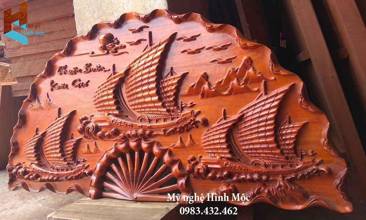 Quạt gỗ thuận buồm