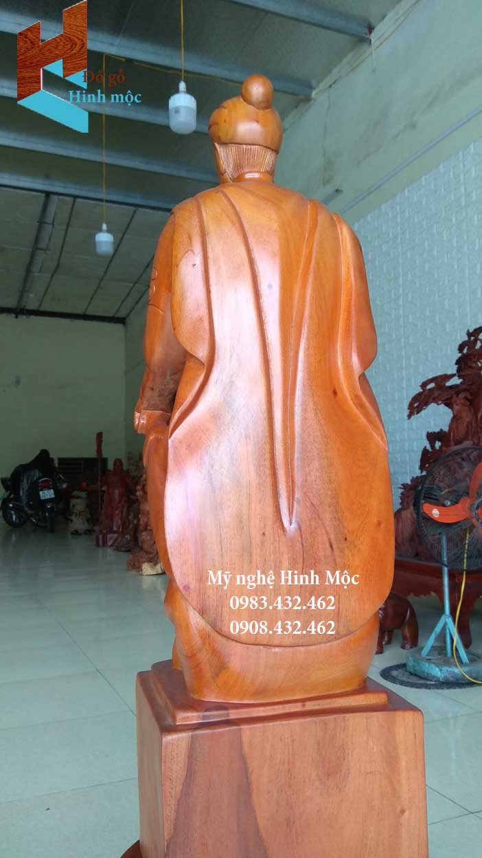 Tượng gỗ Trần Hưng Đạo rẻ