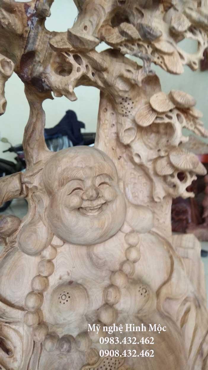 Tượng gỗ Phật Di Lặc kéo bao tiền