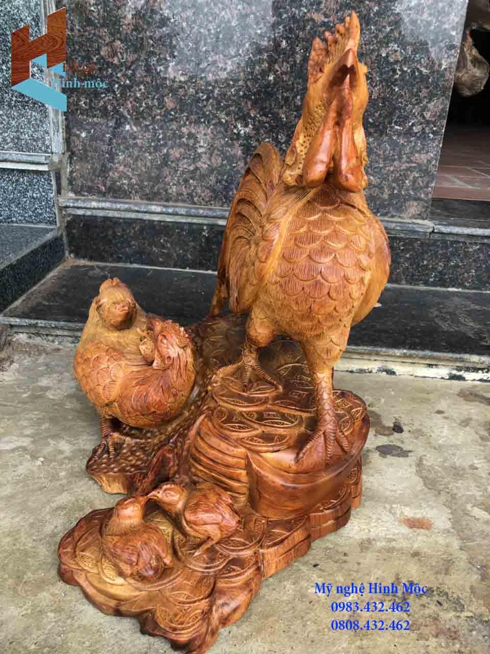 tượng gỗ gia đình gà