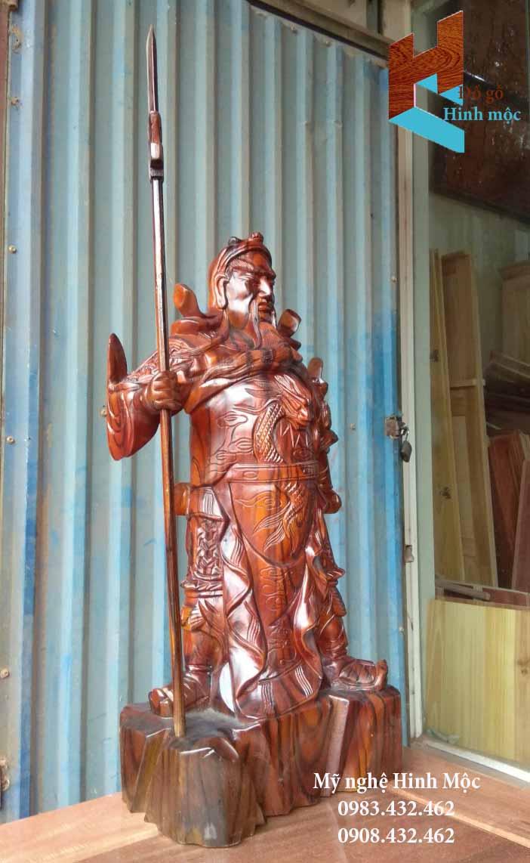 Tượng Quan Vũ gỗ xà cừ 70cm