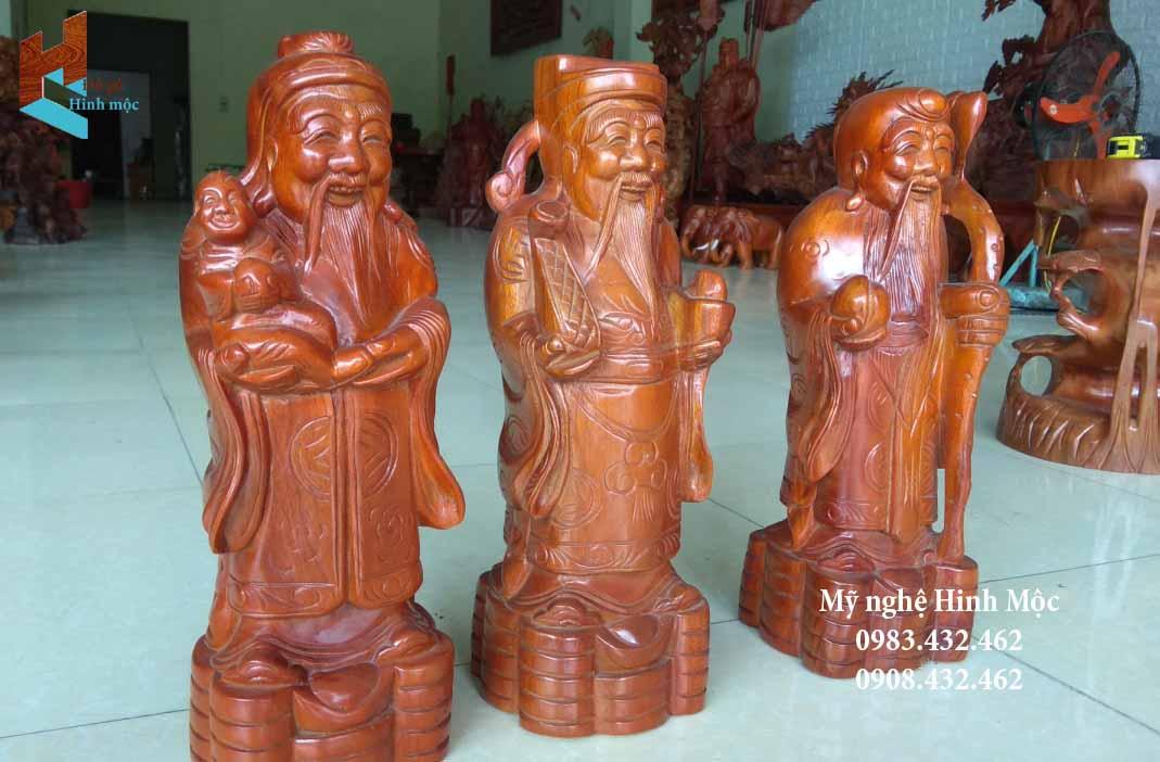 Tượng Tam Đa bằng gỗ xà cừ