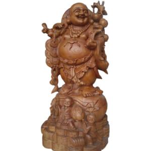 Tượng Di Lặc quẩy đào đứng túi tiền bằng gỗ hương