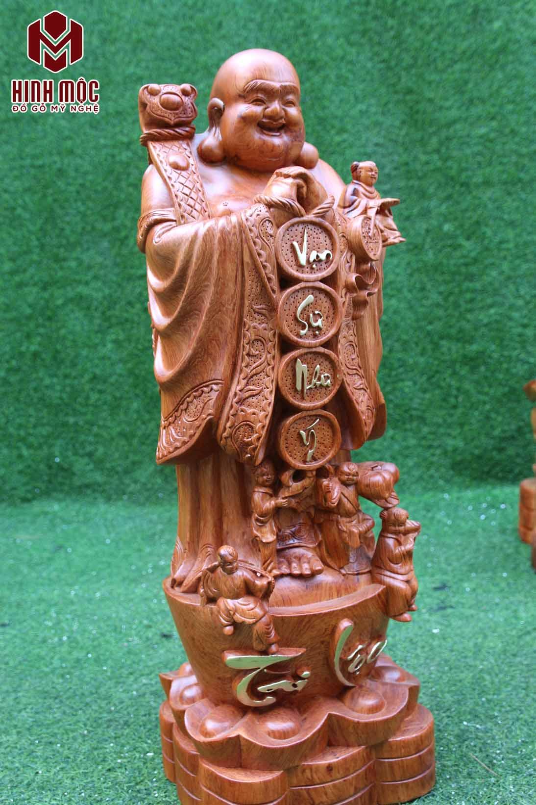 Tượng gỗ Phật Di lặc chúc phúc