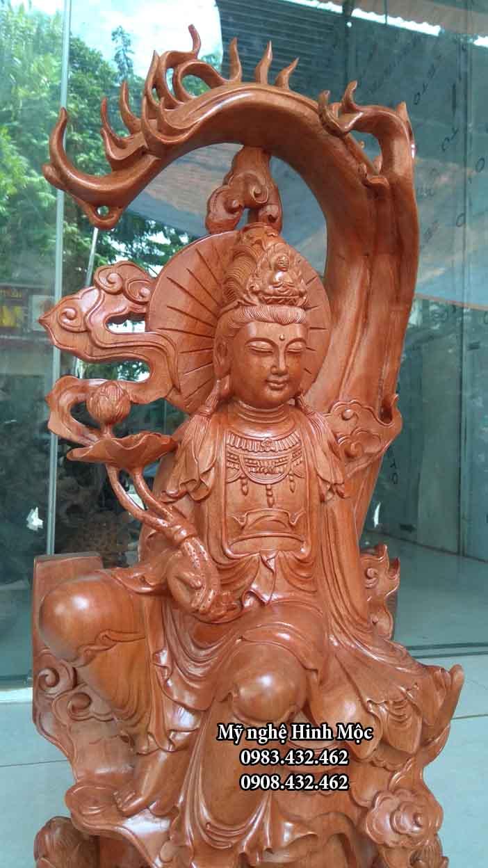 Tượng gỗ Bồ Tát Đại Thế Chí