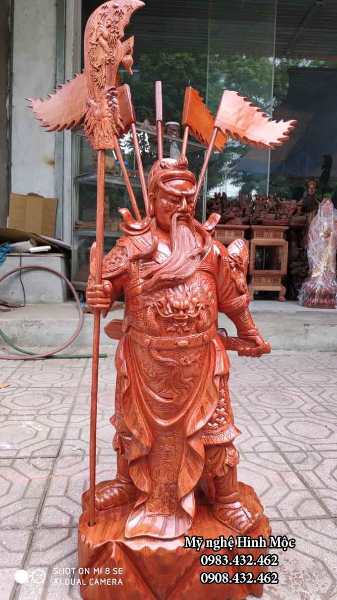 Tượng gỗ Quan Công