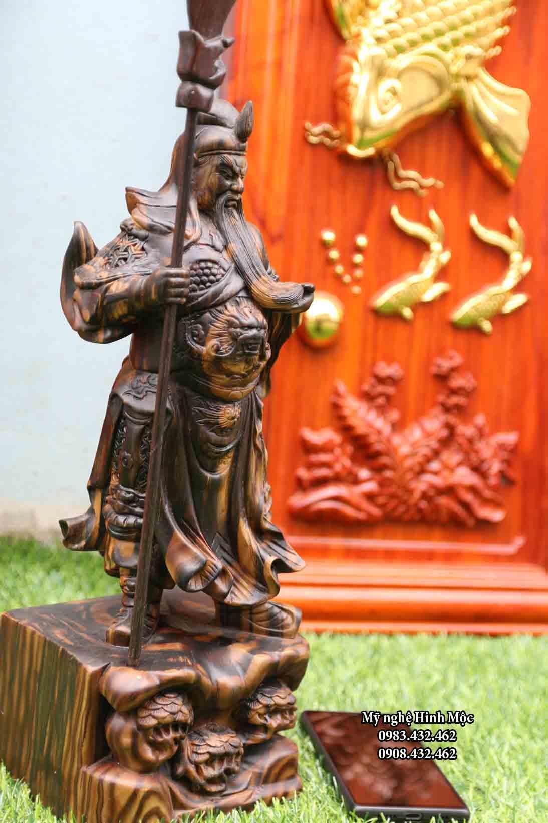 Tượng Quan Công cao 40cm gỗ mun