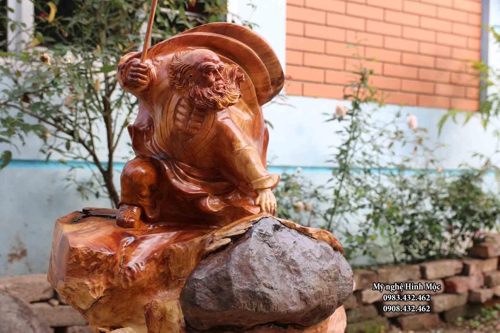 Tượng gỗ Đạt Ma bay