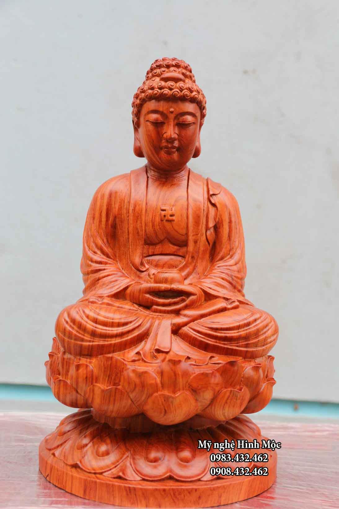 Tượng gỗ Phật A Di Đà