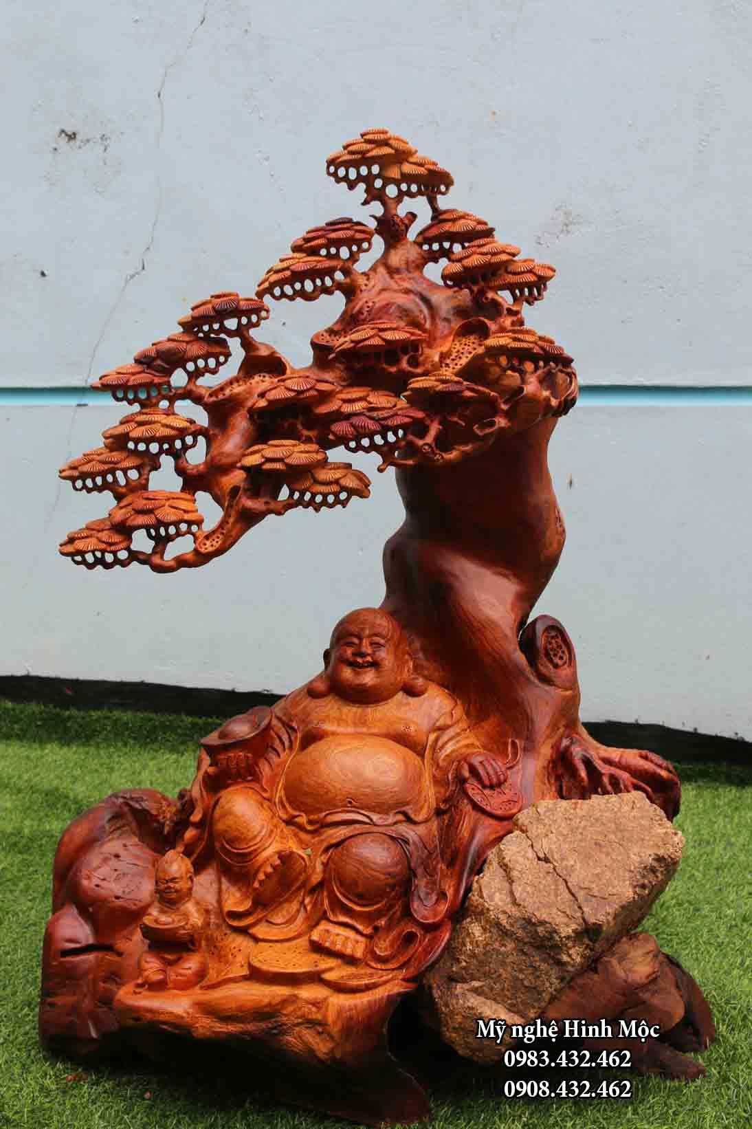 Phật Di Lặc ngồi gốc tùng gỗ hương cao 80cm