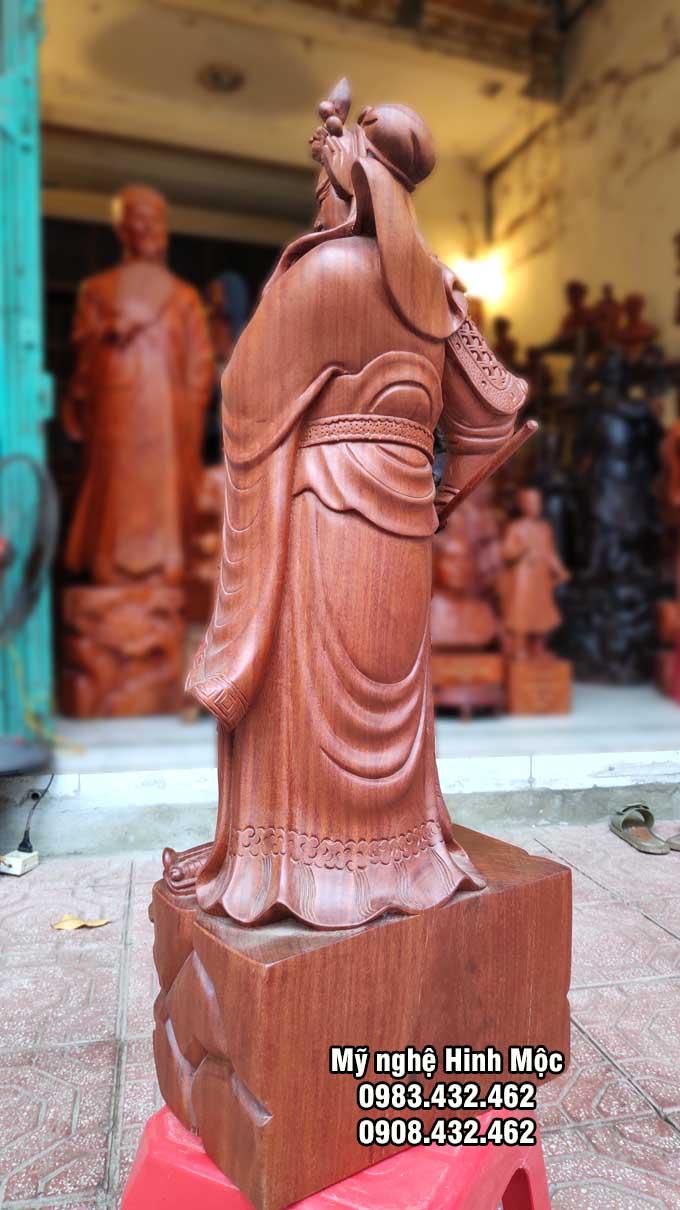 Quan Công gỗ hương trấn ải