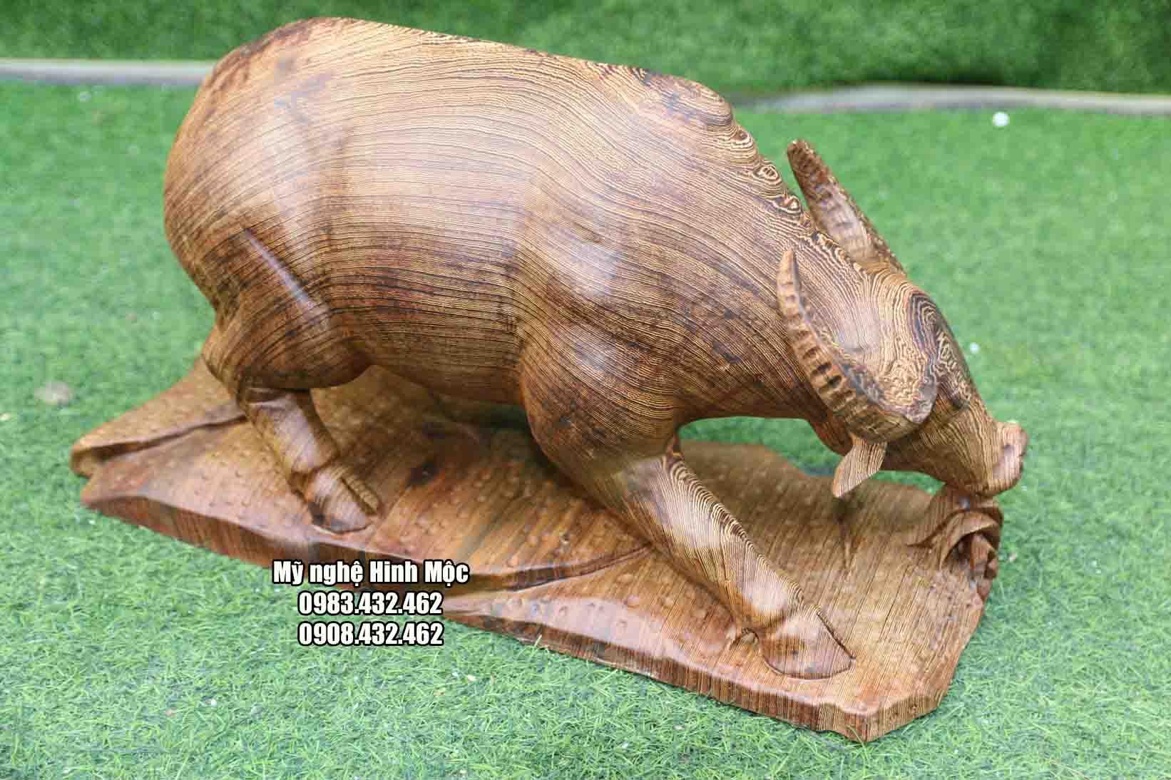 tượng gỗ con trâu