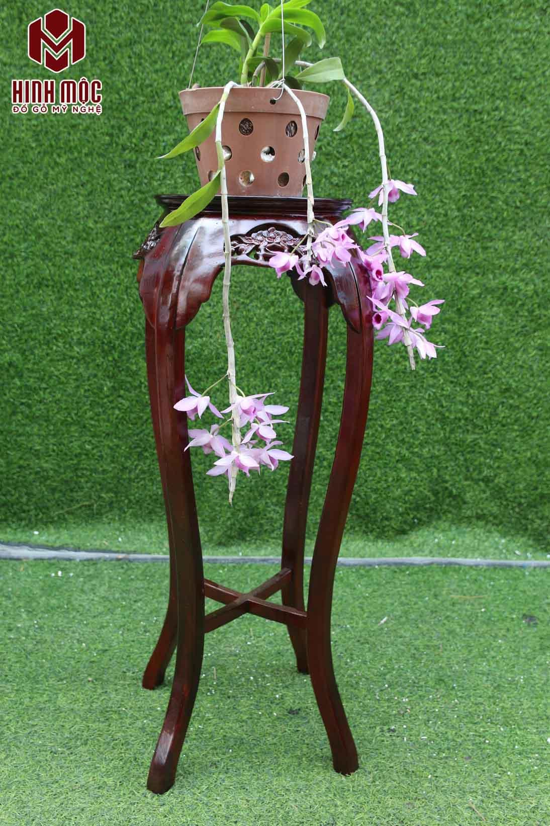 đôn gỗ kê bình hoa