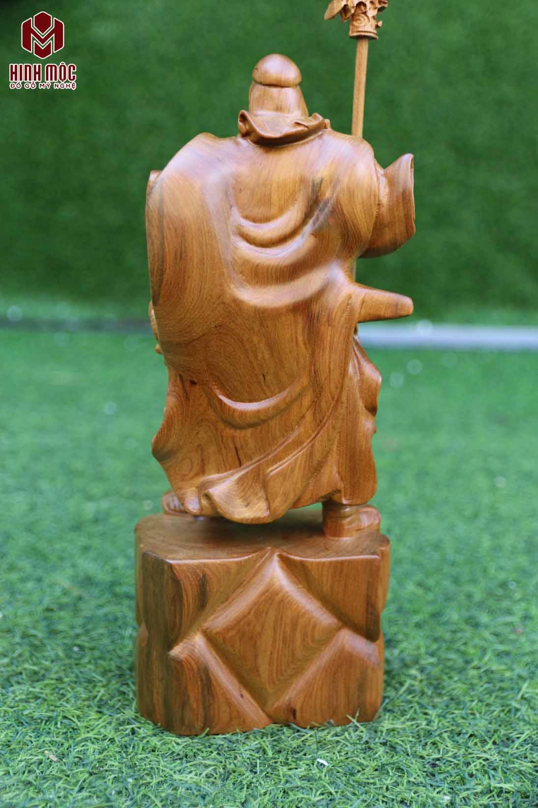 Quan công gỗ bách xanh